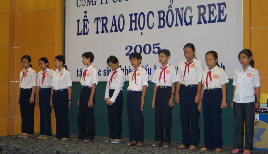 Học bổng REE 2005