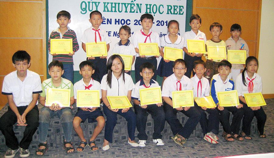 Học bổng REE 2010