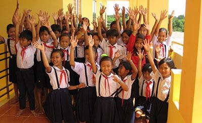 Tài trợ Xây dựng Trường học